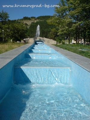Новите фонтани в парка