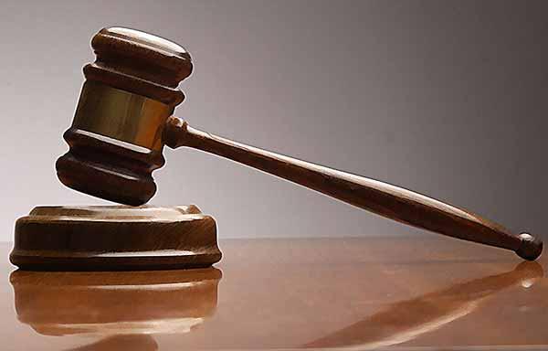 На 2 години затвор осъдиха 56- годишен за кражба на пари и документи