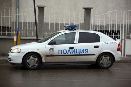 Откраднаха пари и кола в Крумовград