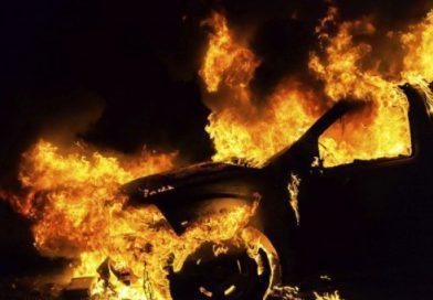 Запалиха бетоновоз и багер в землището на Овчари