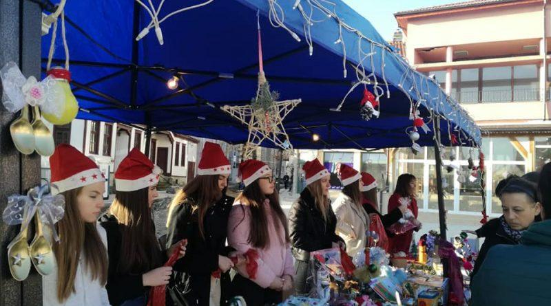 Коледния базар в Крумовград събра  6 212 лева за децата