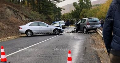 Катастрофа с двама пострадали затвори за над 3 часа пътя Крумовград – Момчилград