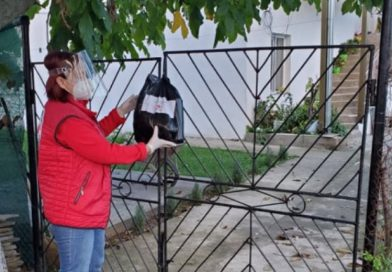 Доброволци от БЧК Крумоград помогнаха на 10 семейства в условия на COVID-19