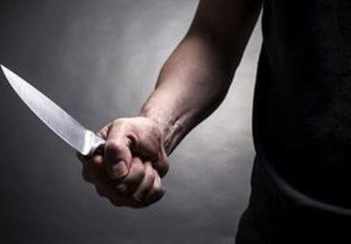 Задържаха мъж в Крумовград , размахвал нож пред кметството и отправял заплахи