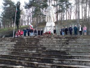 Поднасяне на венци в Крумовнгад на 3-ти Март